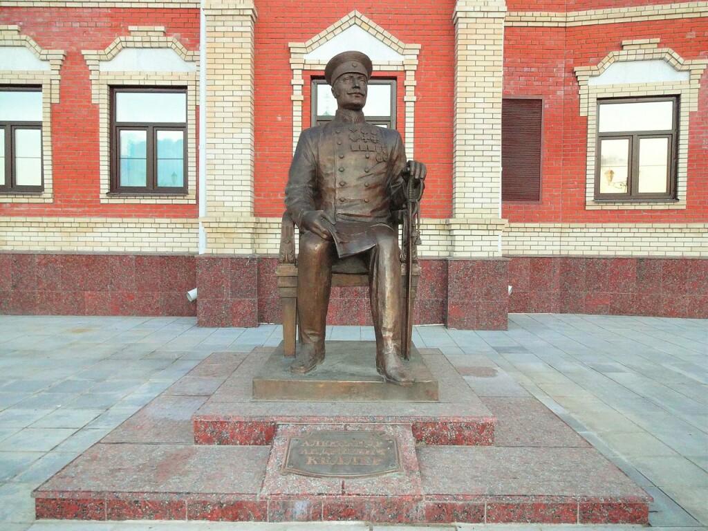 Monument_to_A._A._von_Keller_in_Yoshkar-Ola